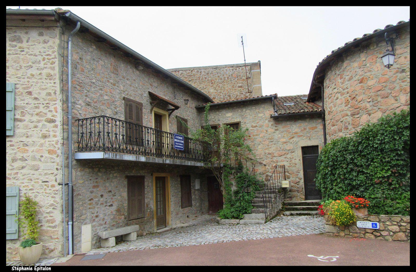Le Crozet - Cité Médiévale 42310, Loire...village de caractère