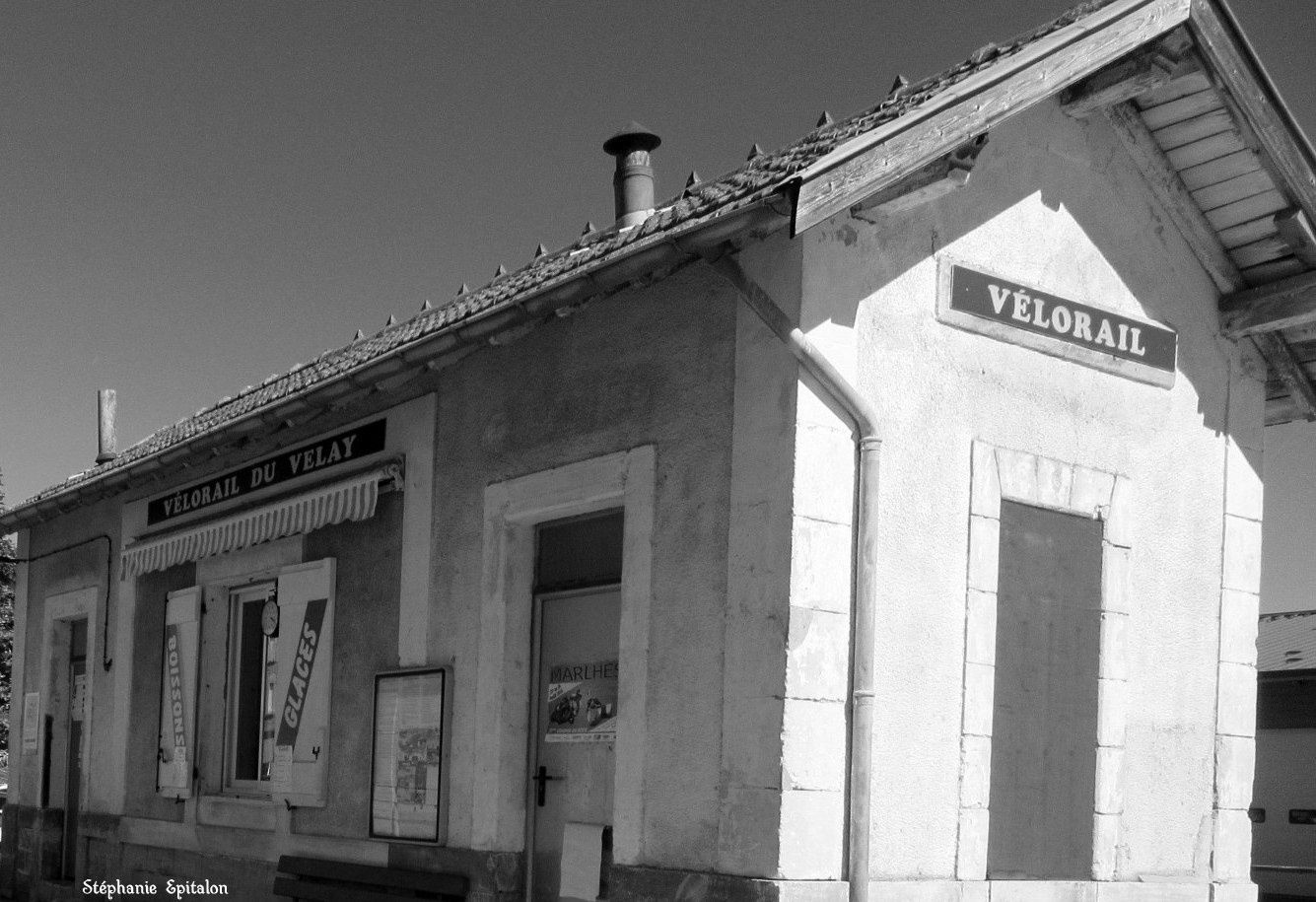 Vélorail à Dunières  (La Gare, 43220 Dunières)