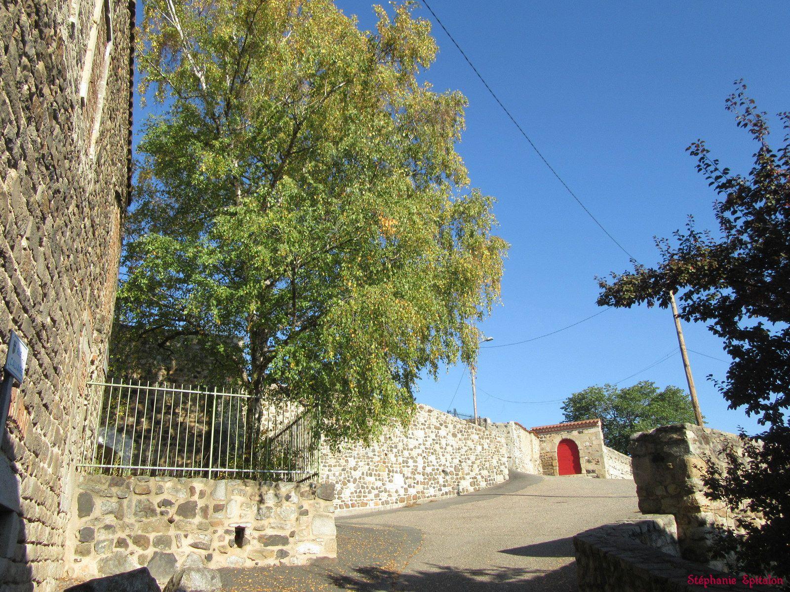 Le quartier du Calvaire, le couvent de la Visitation et les remparts