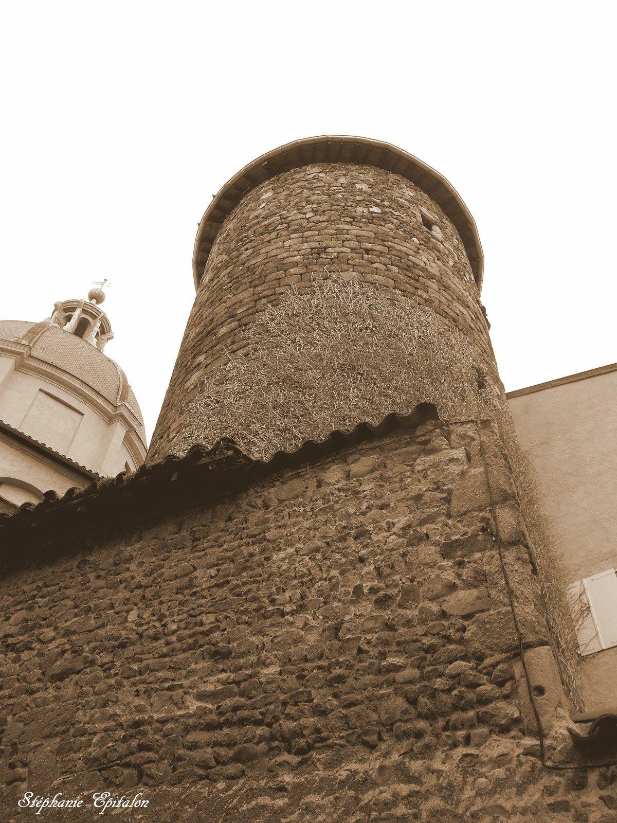 La tour de la Barrière (Montbrison 42600)