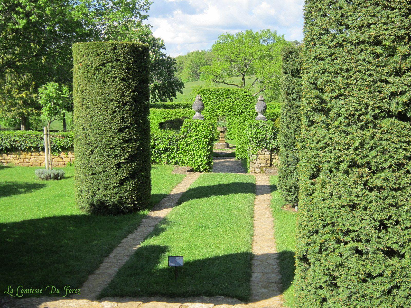 Les Jardins D Eyrignac Salignac Evigues Périgord La