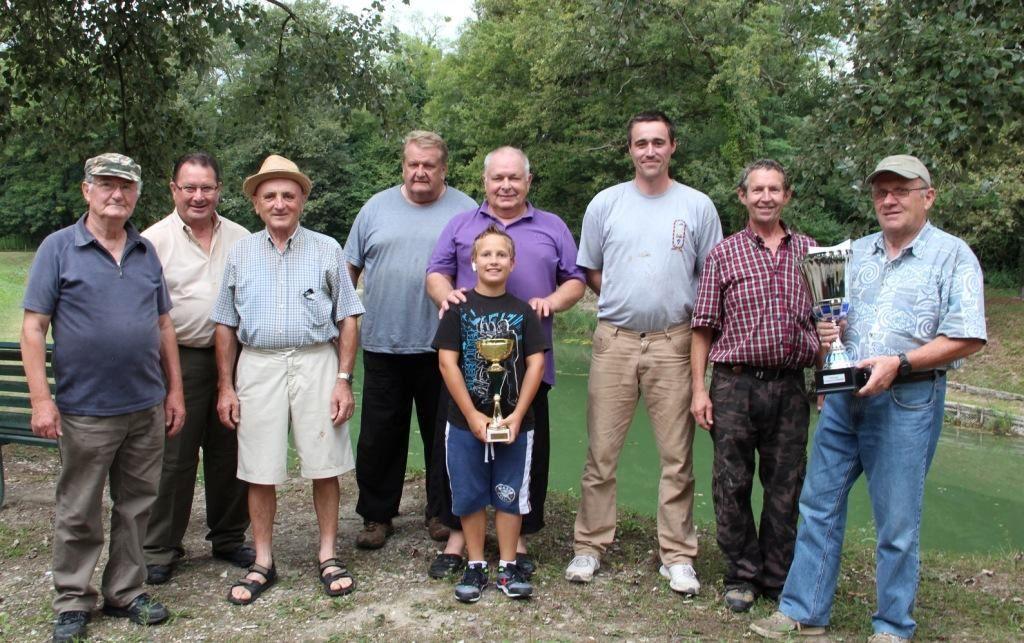 Les candidats au titre de meilleur pêcheur de l'association