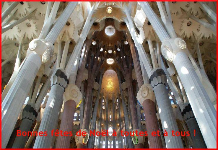 """Photo dont je ne suis pas l'auteure, extraite du diaporama """" Ave Maria en Kathedraal de Gaudi """"."""