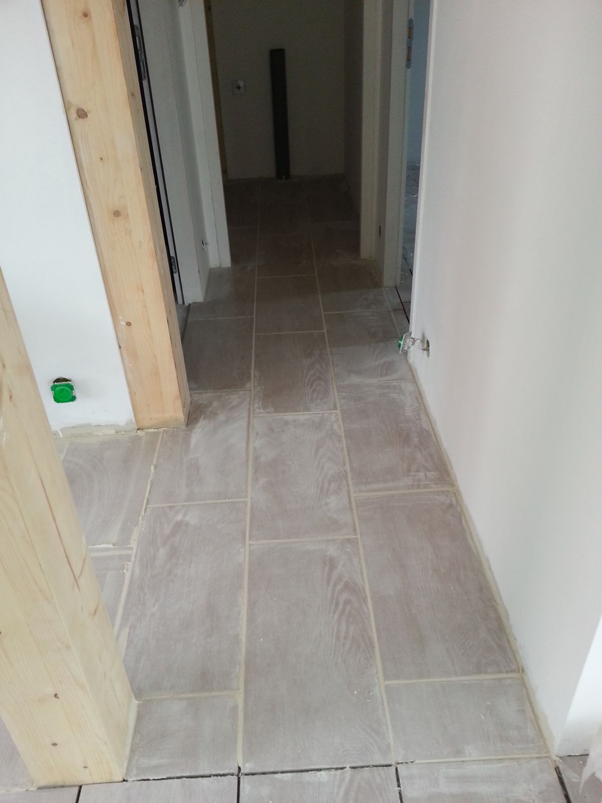 Joints carrelage c cilia duba for Joint a carrelage