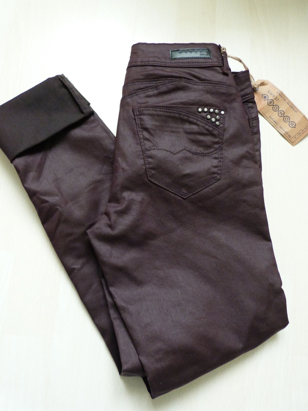 pantalon :BONOBO  top: Het M , bottines GEMO.