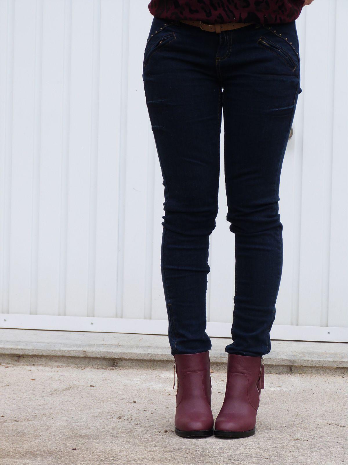 blouson : PIMKIE   sweat : PROMOD   jeans : PROMOD   bottines : ASOS .