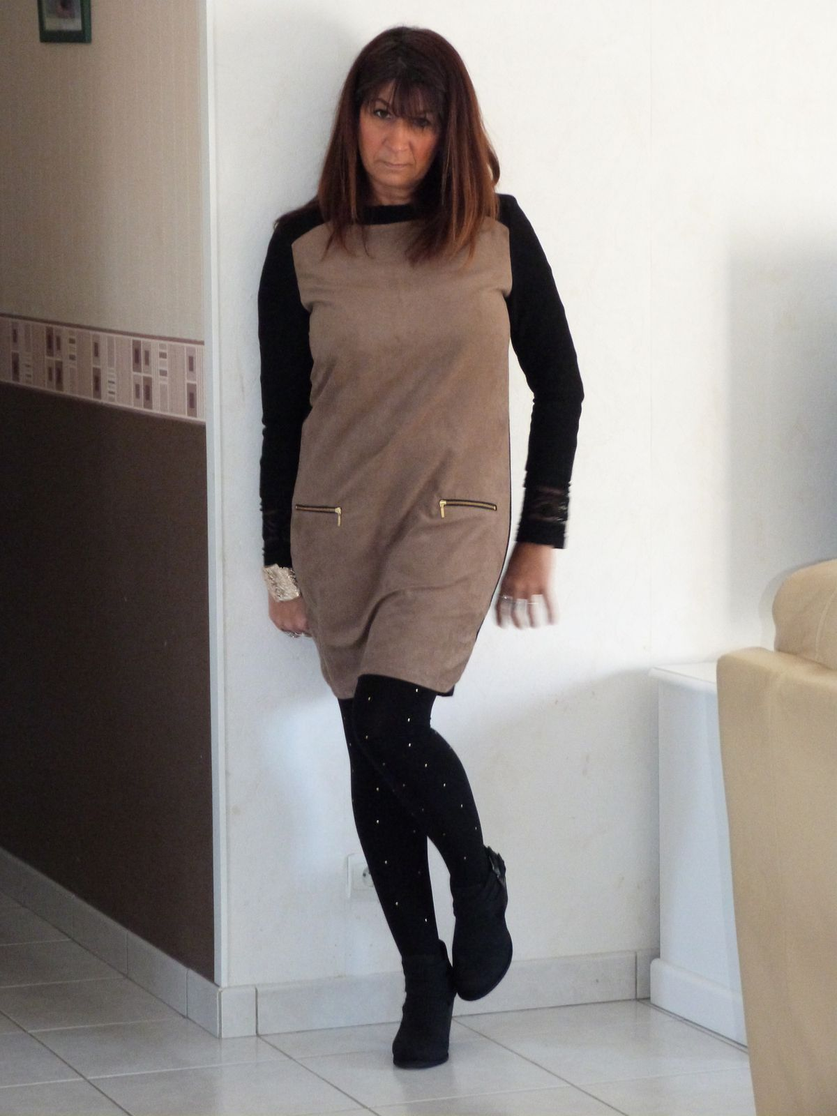Robe : PROMOD , top : HetM , collants:SUITE BLANCO , bottines : ASOS, veste: MISS COQUINE..