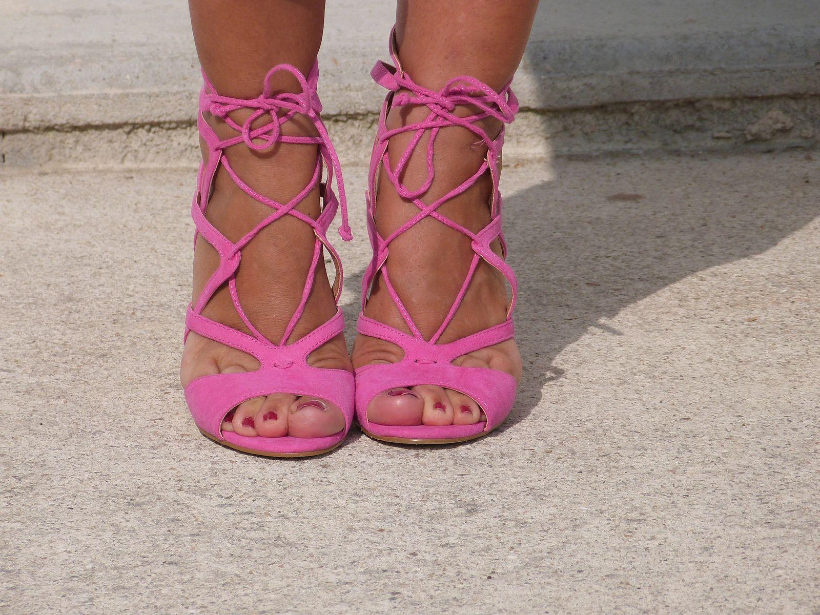 Mes sandales  fuchsia...