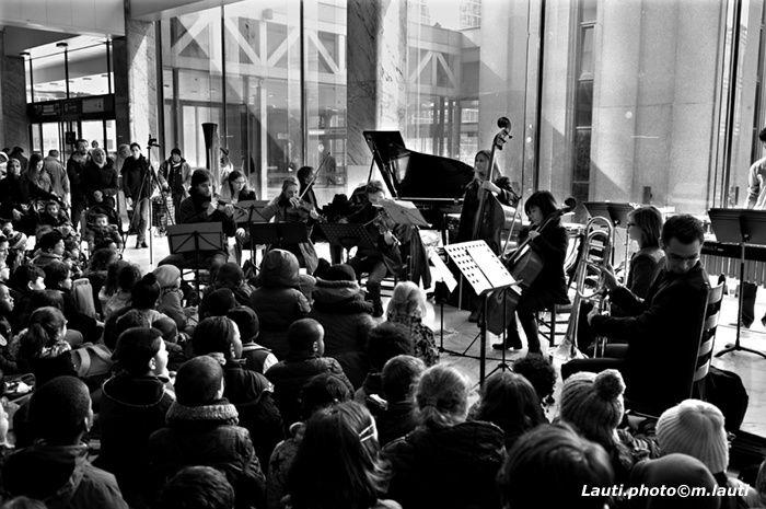 La gare de Bruxelles nord à l'écoute de la musique classique !