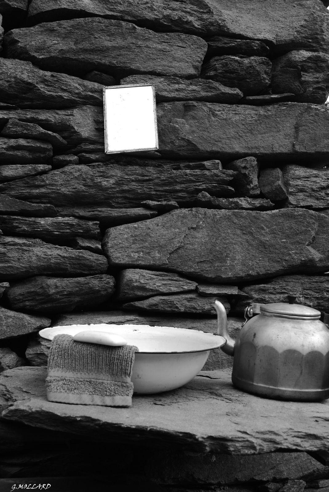 salle de bains 1.(au chalet)