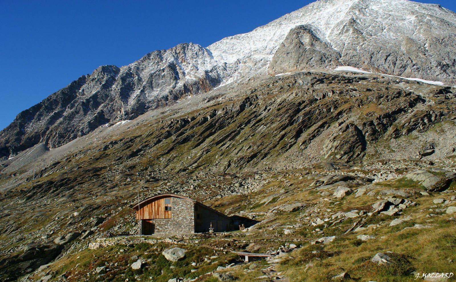 refuge du Fond d'Aussois 2324m.