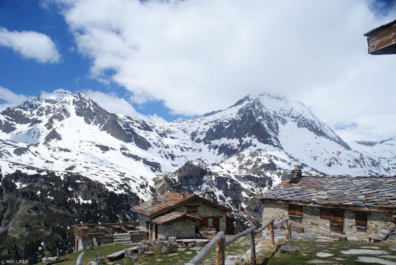 refuge du Plan Sec 2320m.