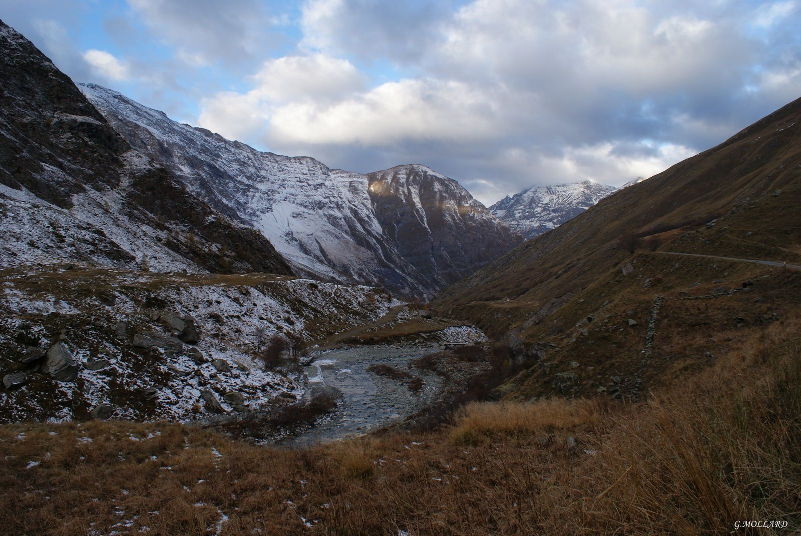 vallée et torrent de la Lombarde.