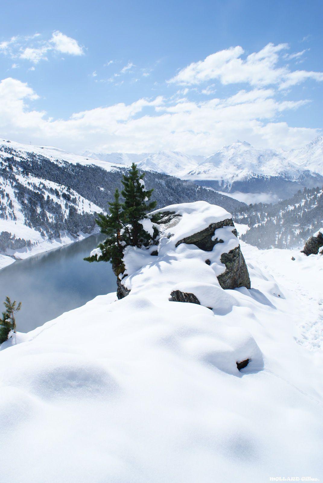 En mai la neige fait ce qu'il lui plait. Aussois,barrages.