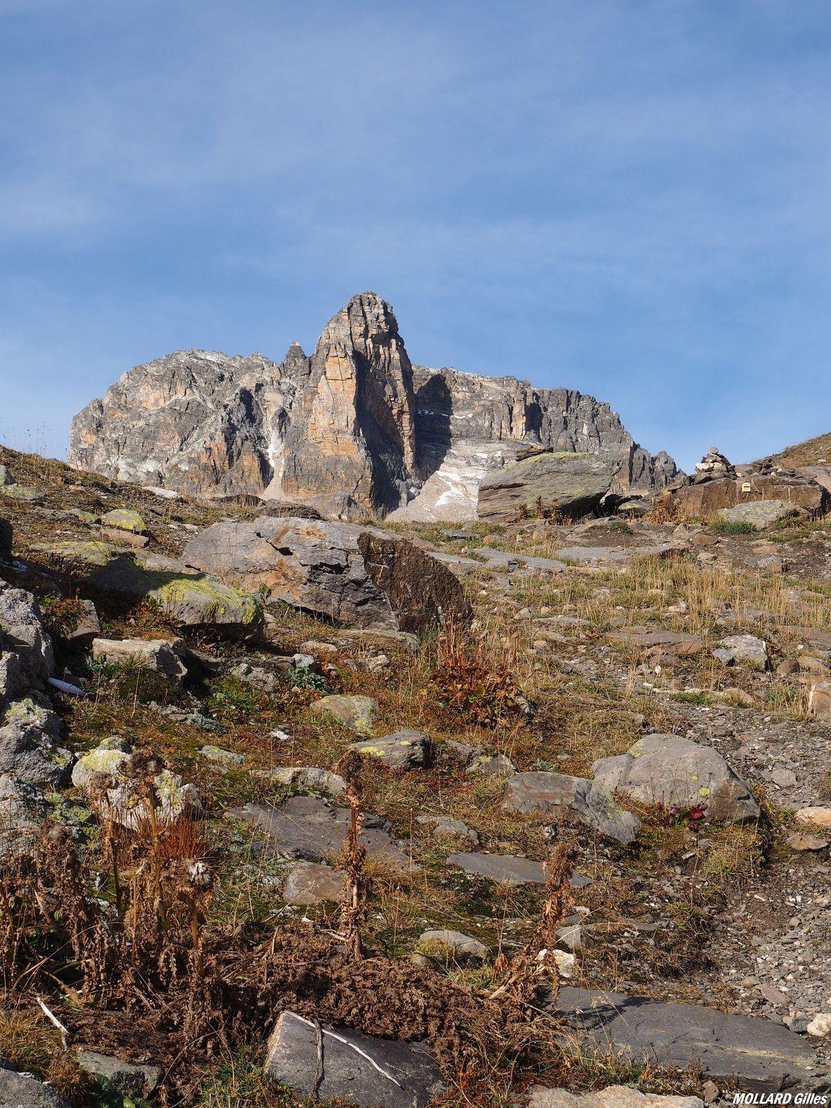 Le Cheval Blanc,lacs Ste Marguerite,refuge du Mont Thabor