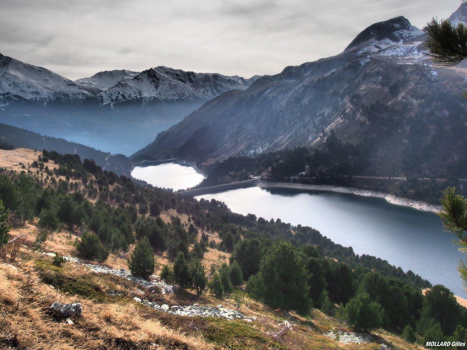lac,barrage plan d'aval et plan d'amont.
