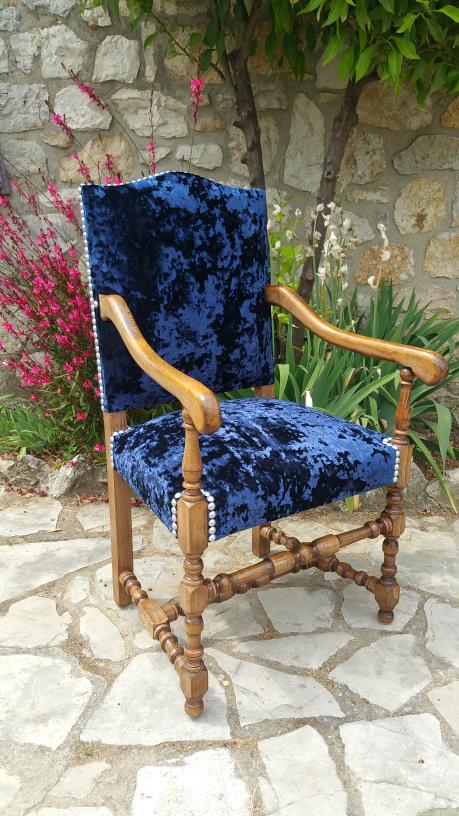 fauteuil louis xiii revisit s relook s le blog de. Black Bedroom Furniture Sets. Home Design Ideas