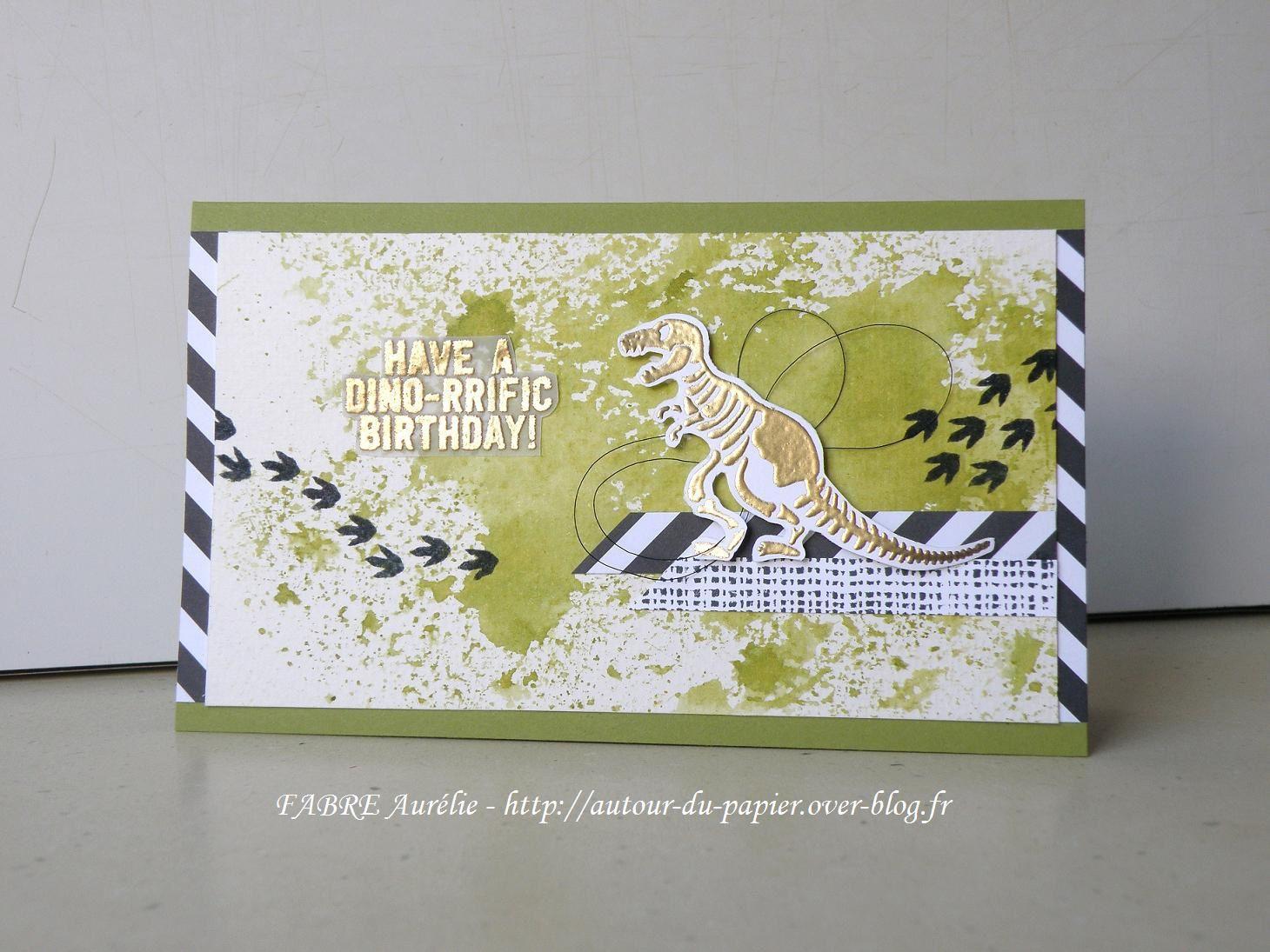 Papiers : Vert Olive, Aquarelle, Murmure Blanc, Pile de papier design Neutres, Vélin &#x3B; Encres &#x3B; Mémento Noire, Vert Olive, Versamark &#x3B; Set : Awesomely Artistic, No Bones about It &#x3B; Accessoires : Fil métallique Noir, Poudre à embosser Or