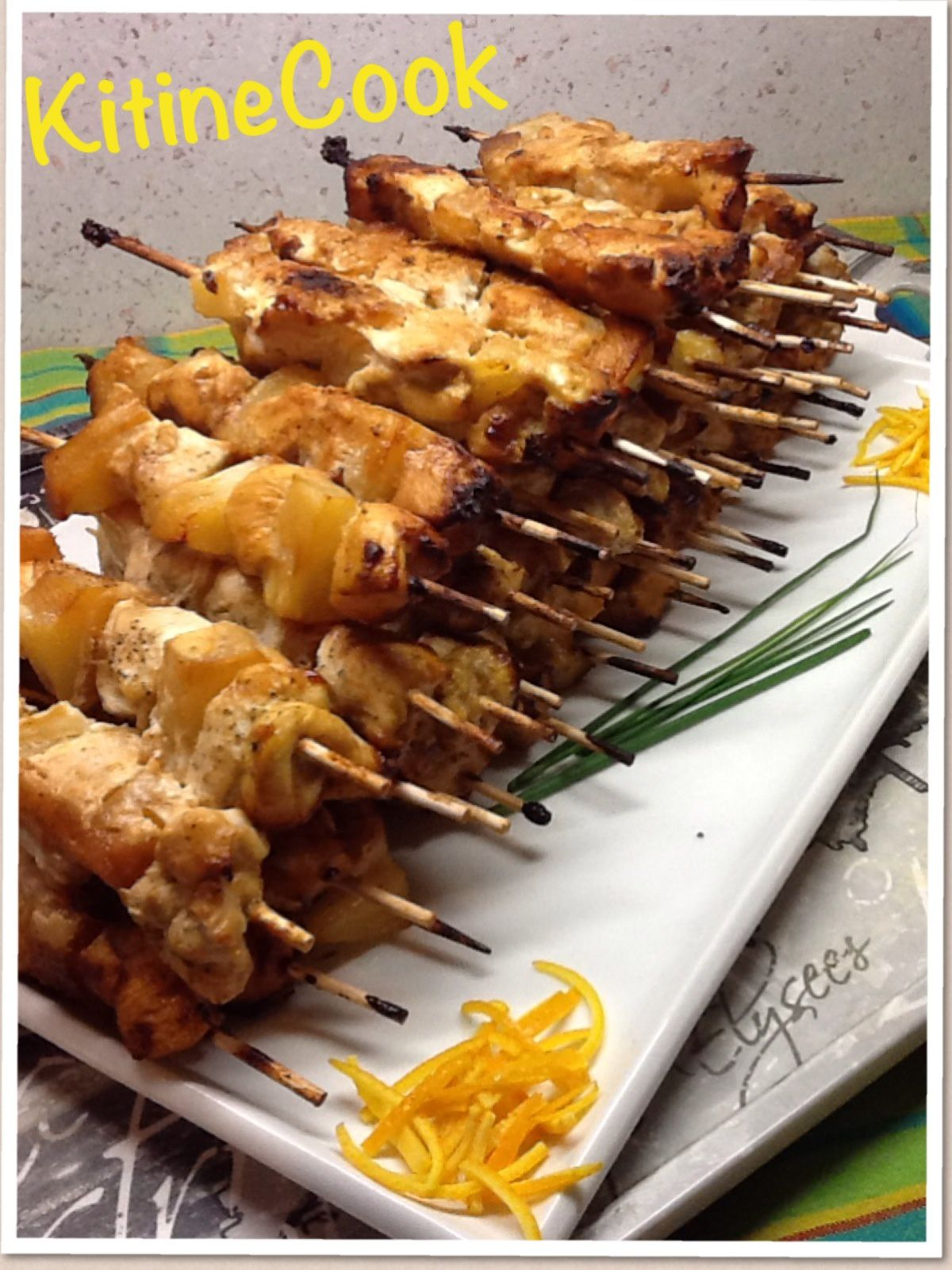 BROCHETTES POULET ANANAS COCO