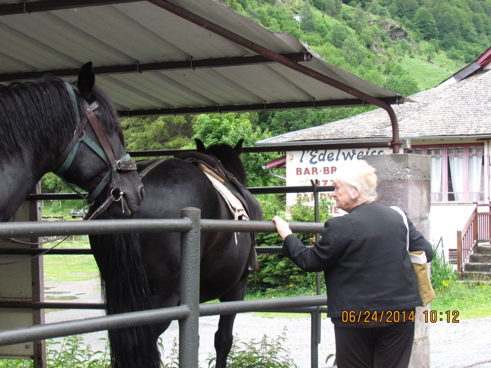 vacances au cirque de gavarni  pyrenees