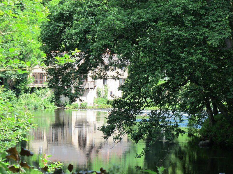 Promenade bucolique en suivant les eaux du Canal de LLANGOLEN,