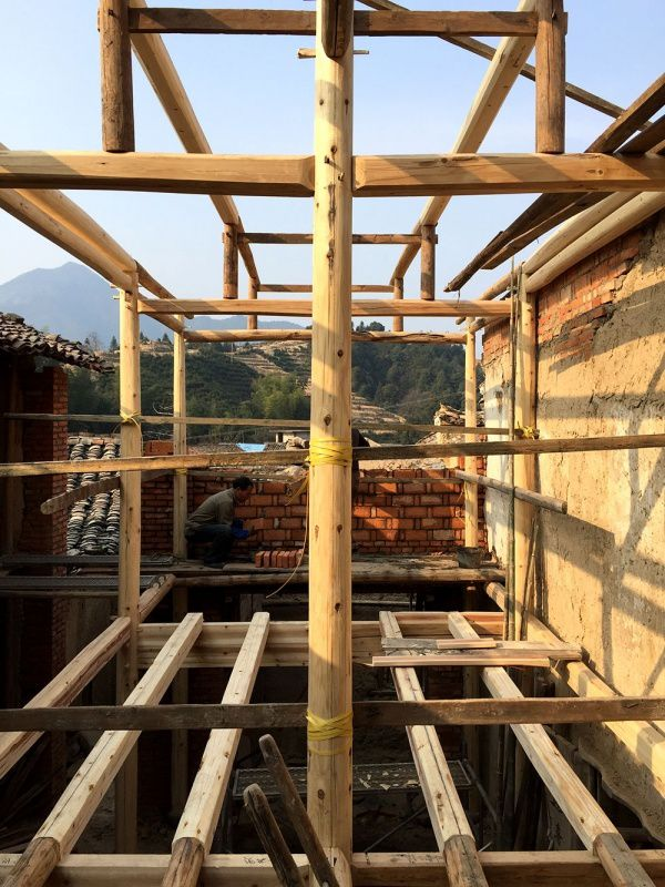 À Pingtian, une charpente traditionnelle mais modernisée