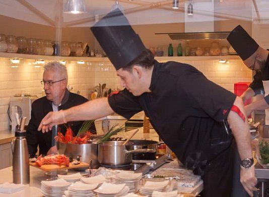 Chef traiteur vos prestations personnalis es d ners insolites cours de cuisine priv s - Recherche chef de cuisine paris ...