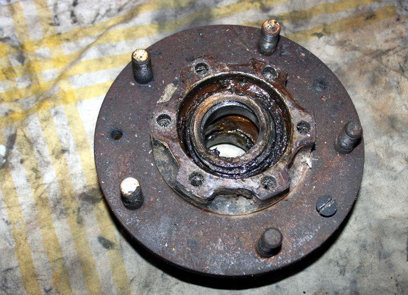 Extraction et repose d'un roulement de moyeu de Series