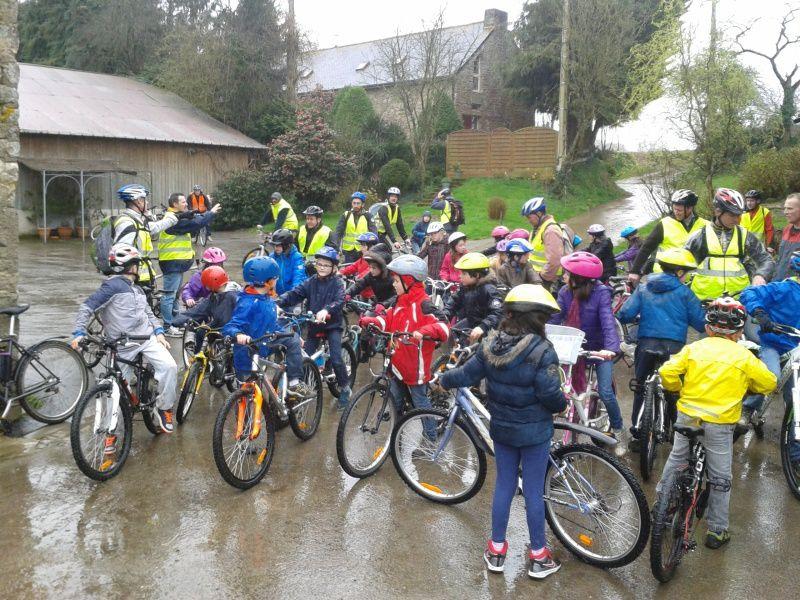 CE2 - sortie vélo... mouillée !