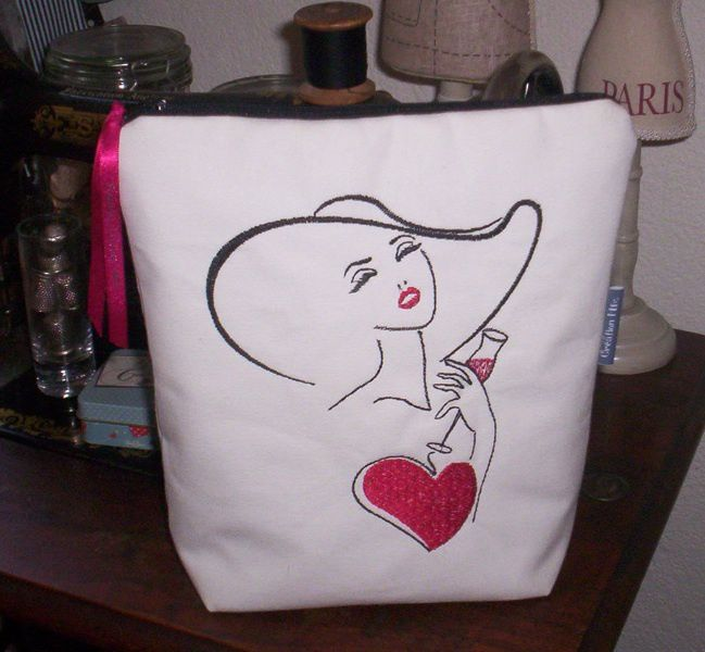 """Grande trousse broderie """"So chic"""""""