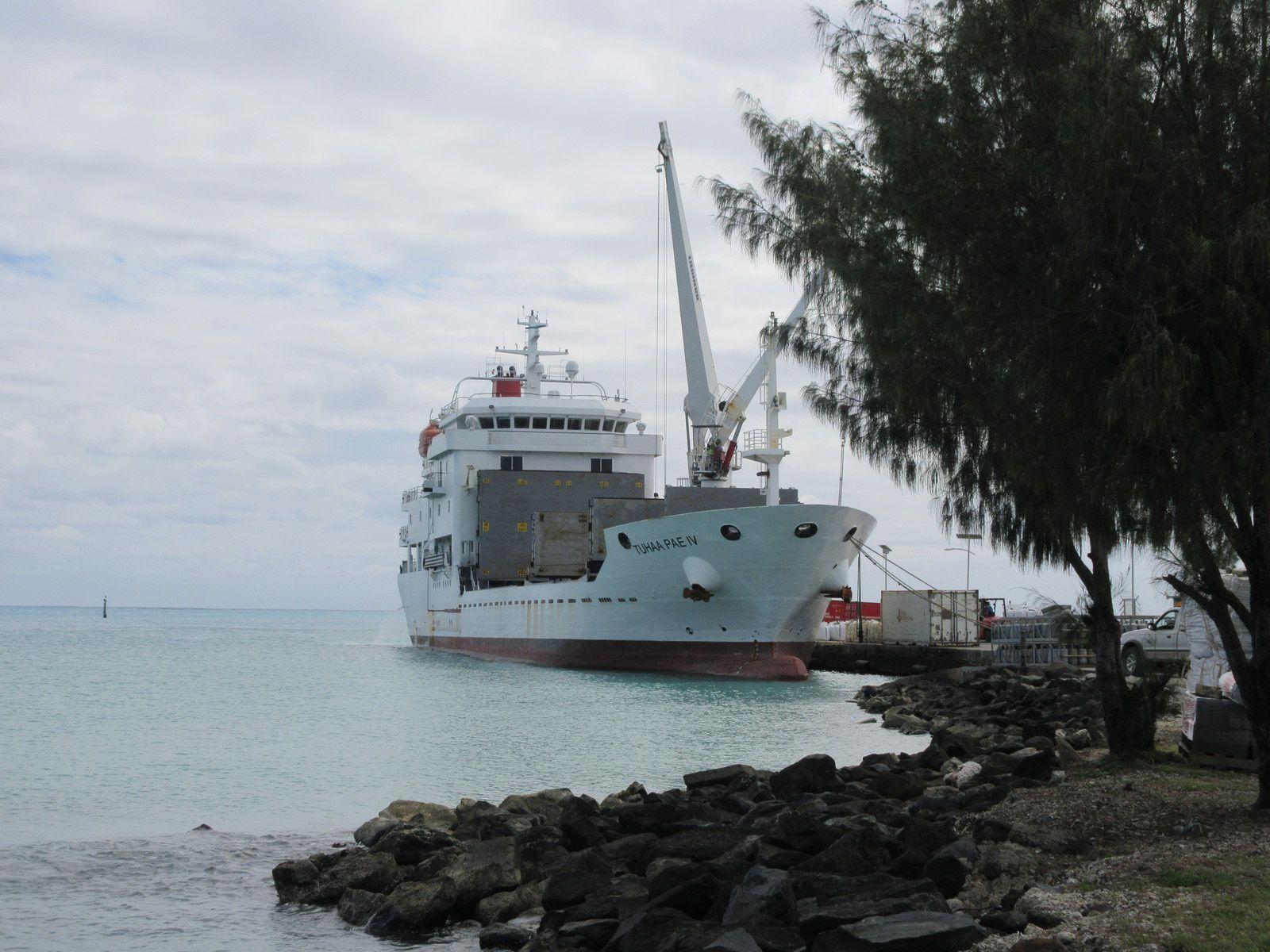 australes partie 2/3 : le Tuhaa Pae IV, cargo mixte (mais surtout cargo)
