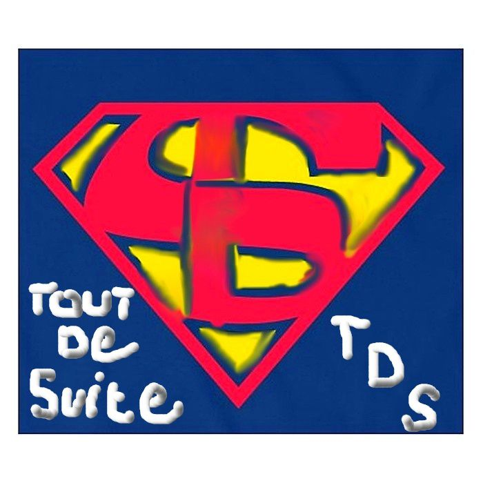 TEE-SHIRT SUPER GIRL
