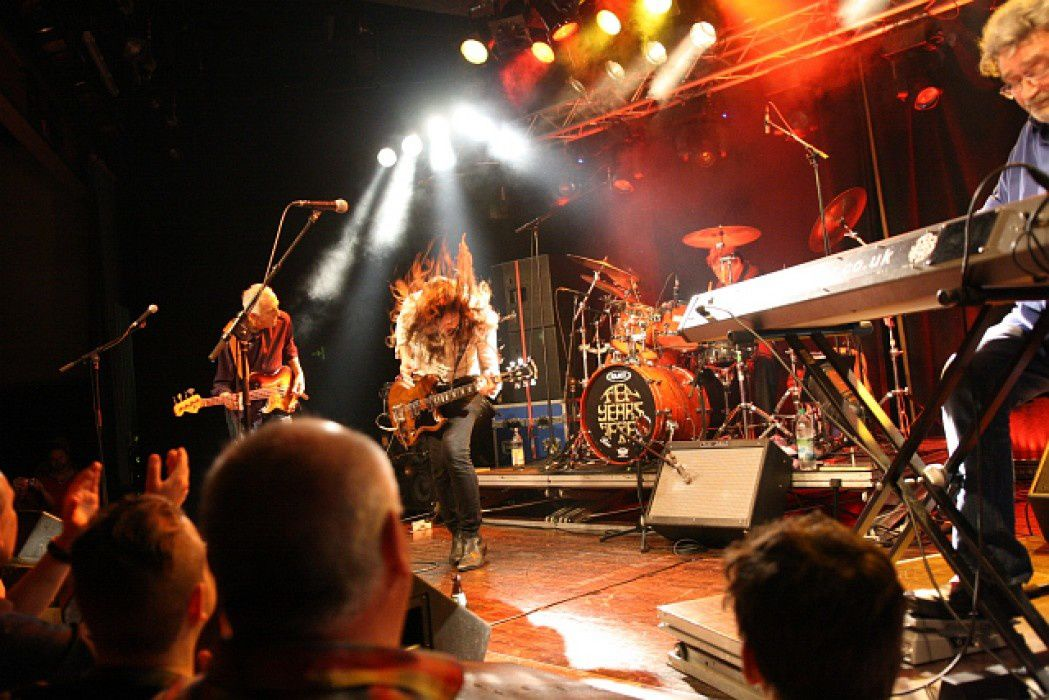 ten years after, live, paris, trianon