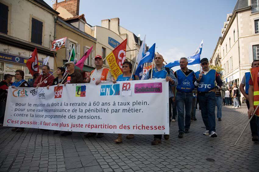 12 Octobre : 8 000 manifestantEs à Montluçon