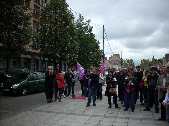 Rassemblement en soutien aux salariés de l'APAJH