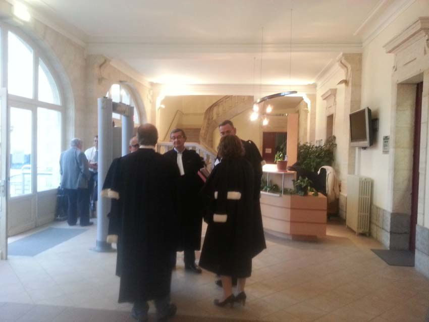 Dès 9H les premiers avocats étaient déjà présents sur les lieux.