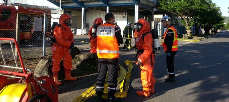 Sur place, les secours organisent l'intervention
