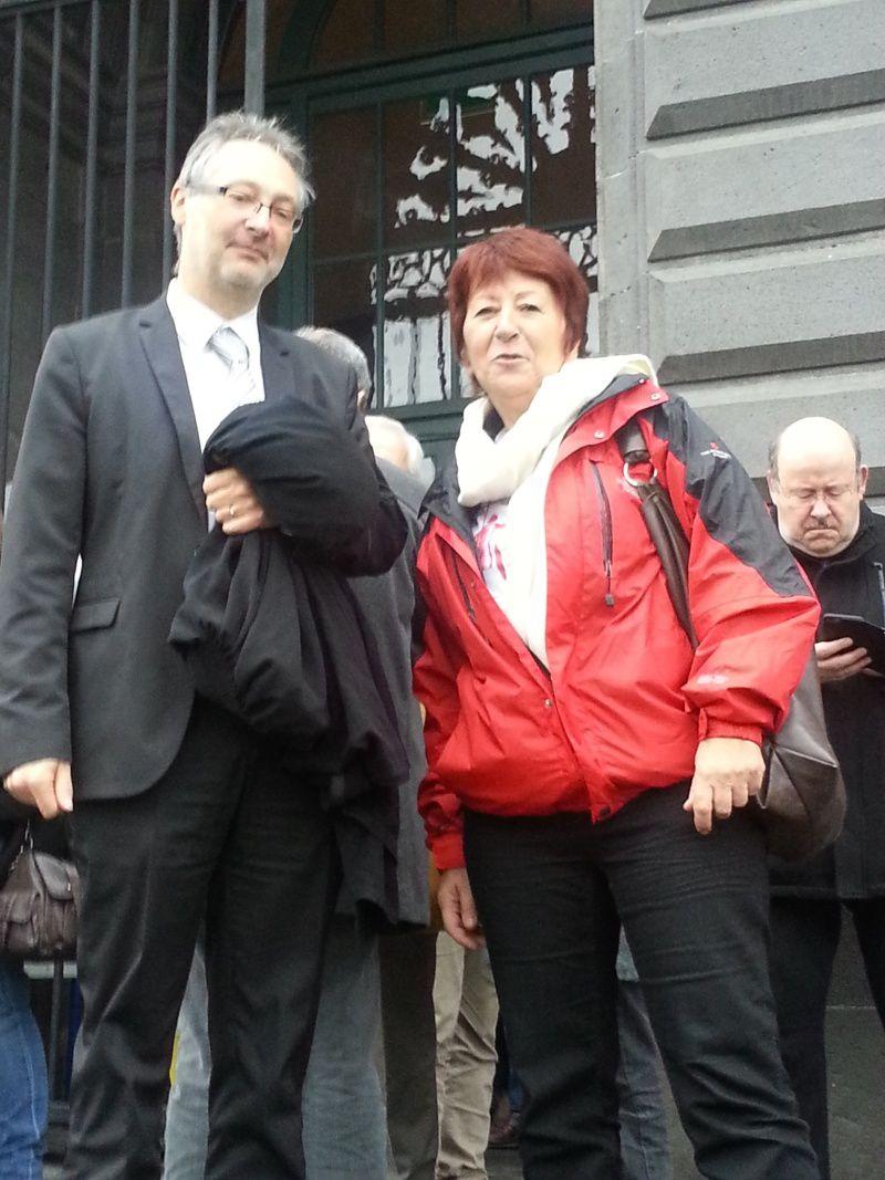 Sylvia en compagnie de son avocat, Maitre Patrick Roesch auteur d'une brillante plaidoirie devant le tribunal
