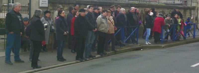 Nouveau rassemblement devant l'école Jules Ferry en mémoire de la journée du 6 janvier 1943