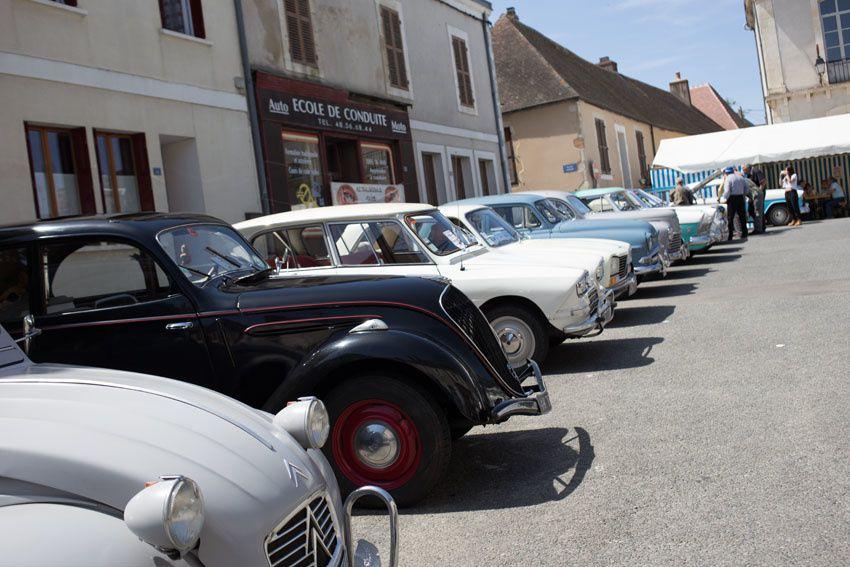 Culan, capitale d'un jour des voitures anciennes