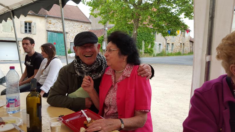 On retrouve de vieilles connaissances : Jean-Michel et Rachelle