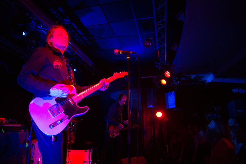 Ci dessus, le groupe Jon Spencer Blues (13 photos)