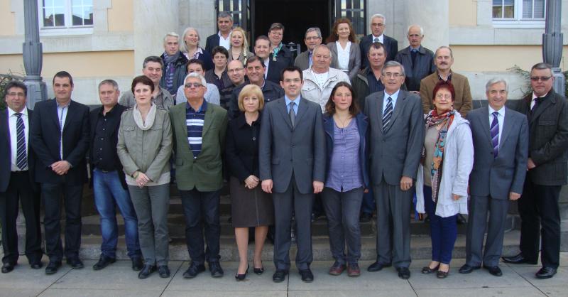 Les élus de la communauté de communes Commentry-Néris ont voté pour des embauches à moindre coût.