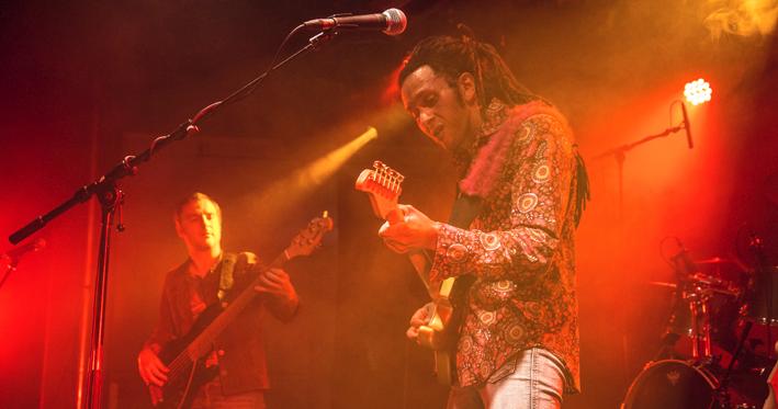 Une soirée triple H (Hassan Hadji Hendrix)
