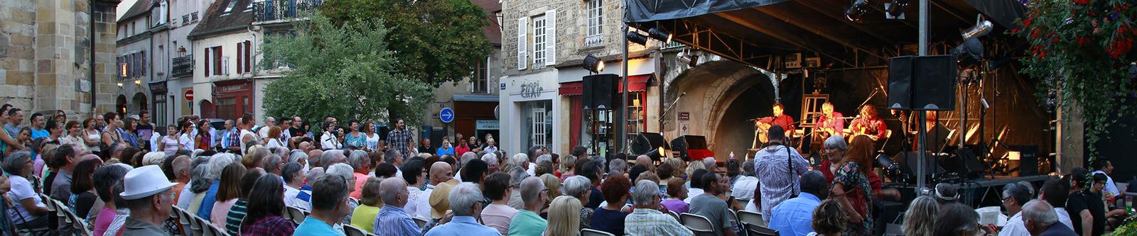 Onzième festival de la Chanson Française à Montluçon