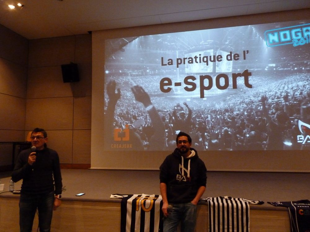 La pratique de l'e-Sport, la conférence donné par Eric Bonnet et Bam Mewt