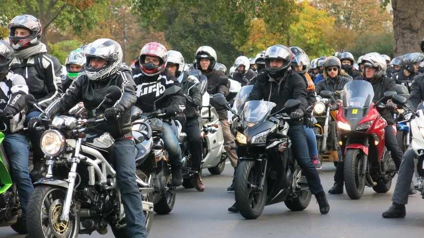 Appel à manifester pour l'ensemble des motards de France pour protester contre les mesures contre les usagers 2RM et les motards