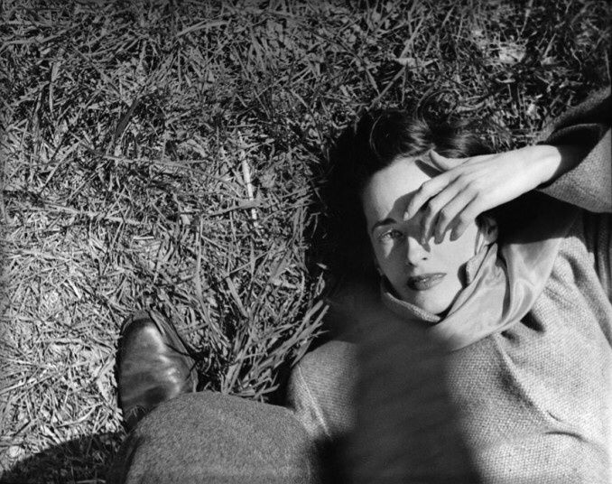 Saul Leiter, Sunday morning, The Cloisters, vers.1947