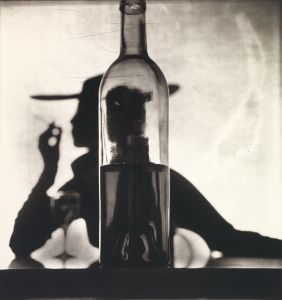 Irving Penn, Girl behind the bottle