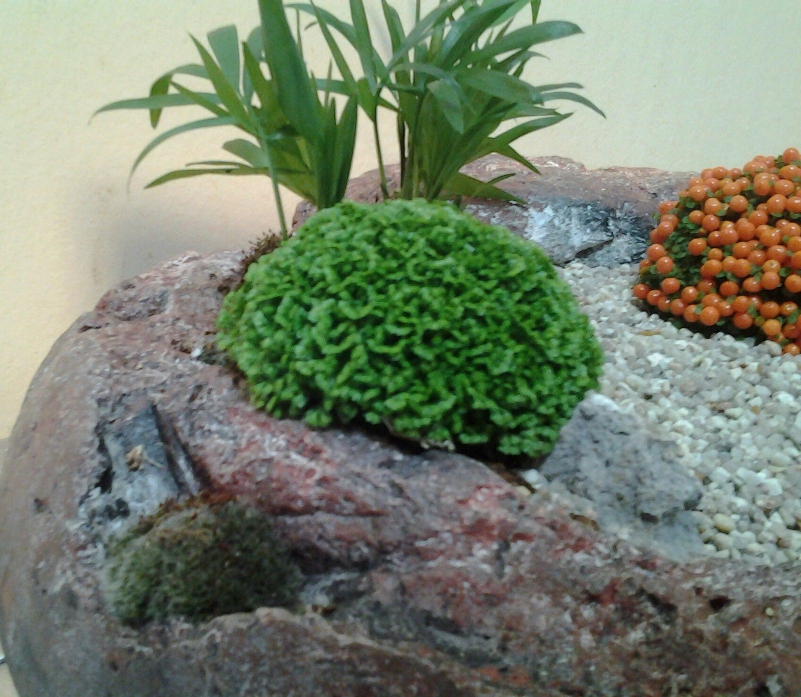 micro jardin japonais min ral et vegetal l 39 art du terrarium cr atif. Black Bedroom Furniture Sets. Home Design Ideas